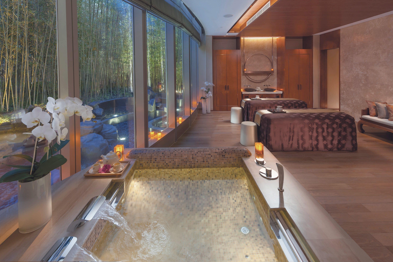Couples spa suite at Mandarin Oriental Pudong, Shanghai