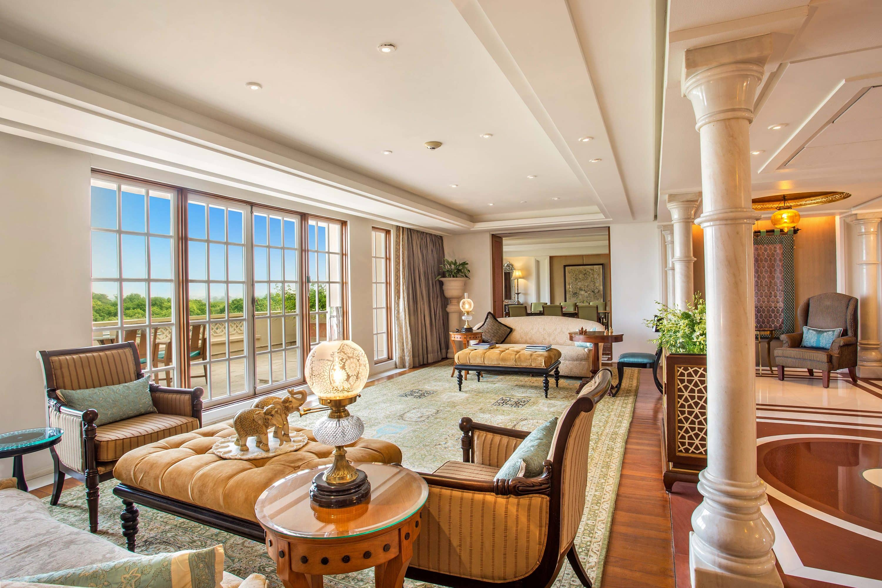 Lounge in a suite at The Oberoi Amarvilas