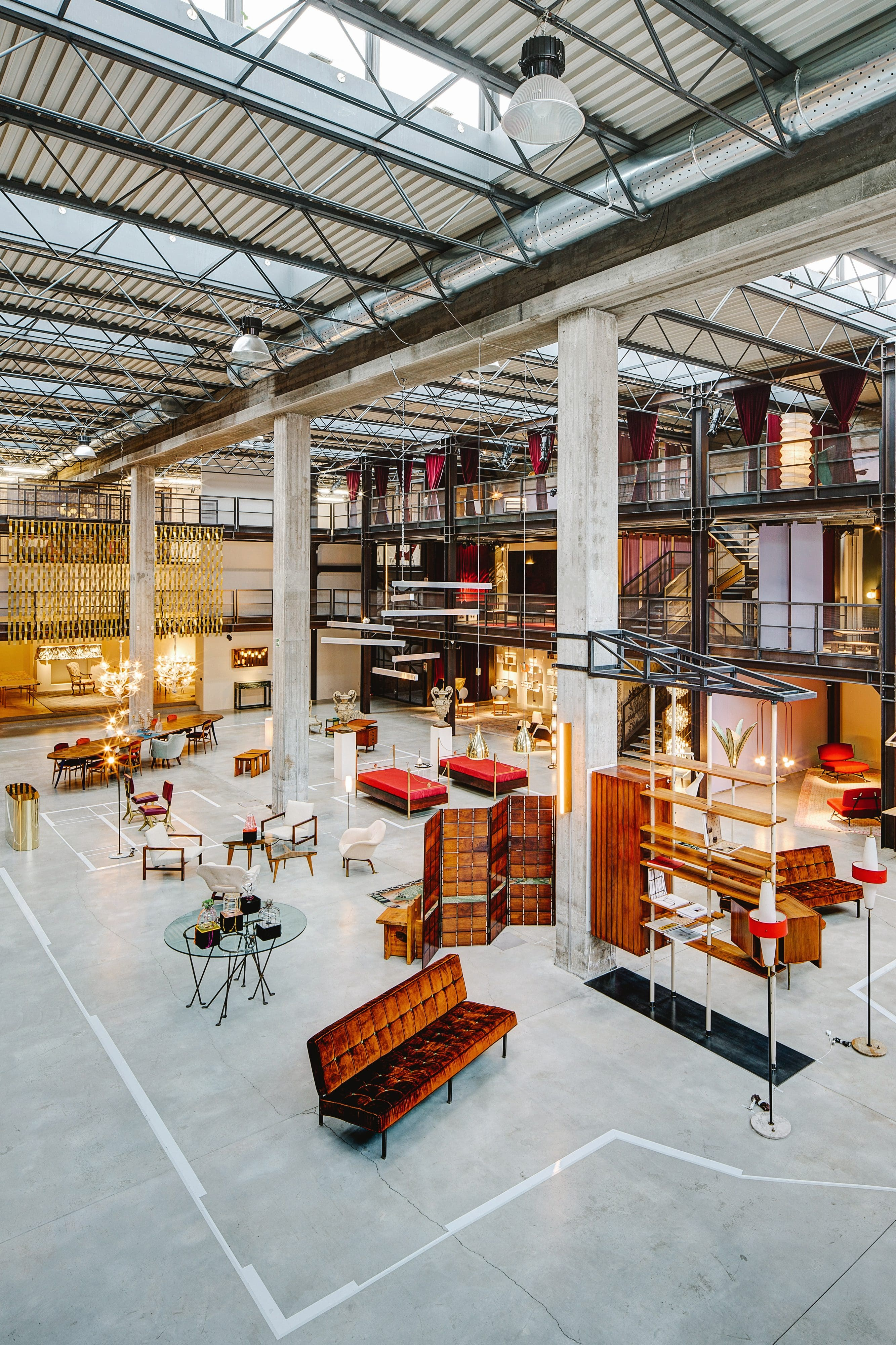 Awesome Milan Best Interiors Shops Home Interior And Landscaping Ponolsignezvosmurscom