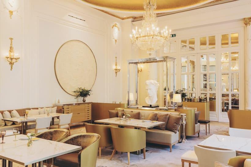 Interior dining room of Deessa restaurant, Madrid