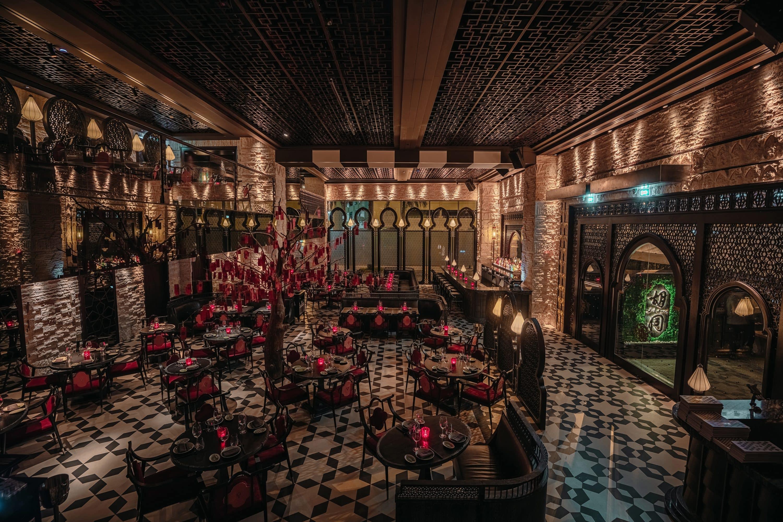 Dark dining room at Hutong restaurant, Dubai