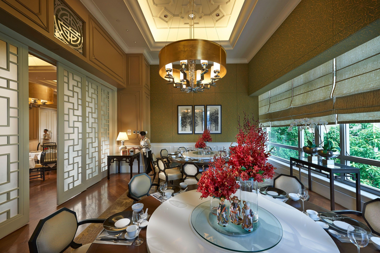 Interior of Lai Po Heen restaurant