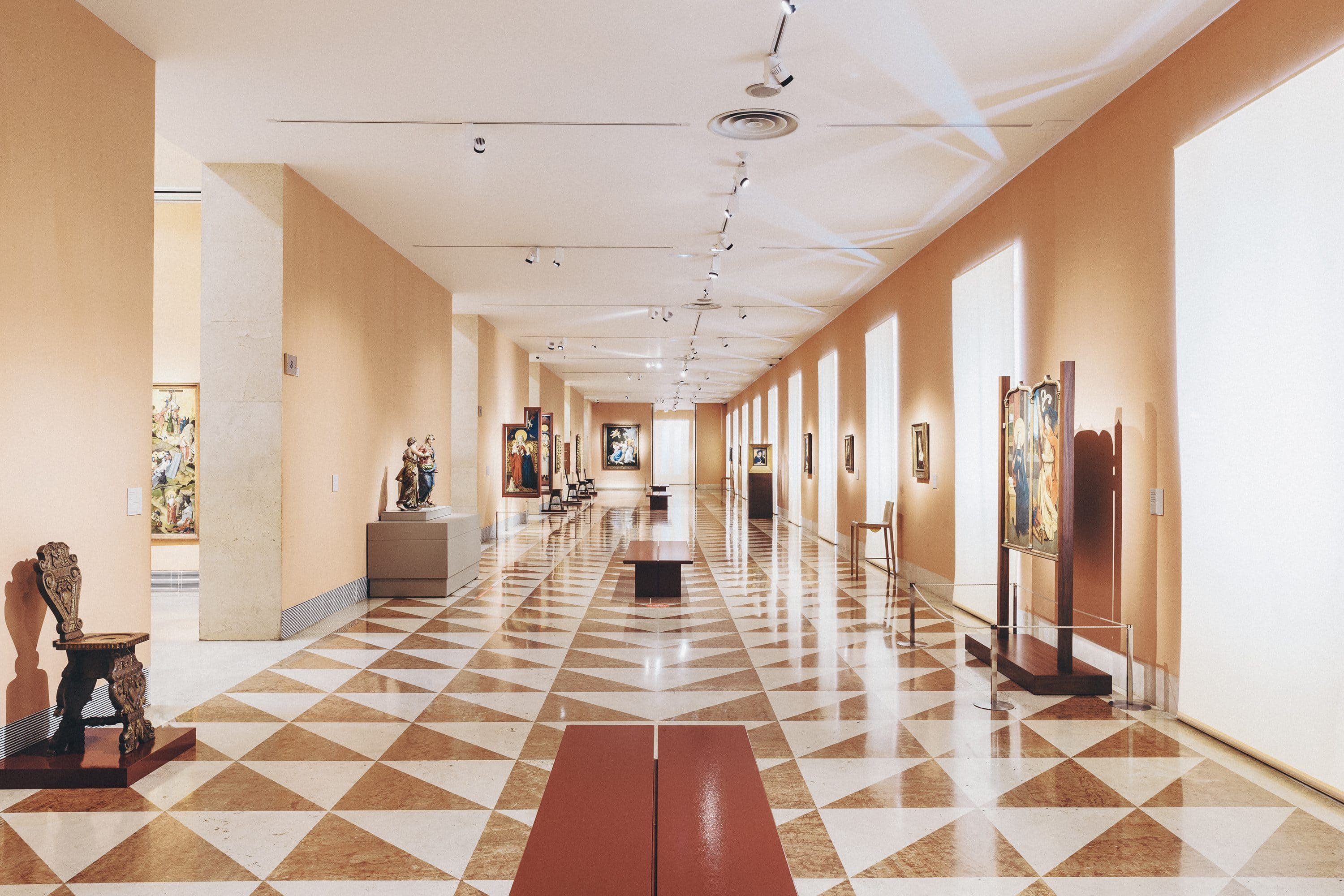 Long gallery at Thyssen Museum