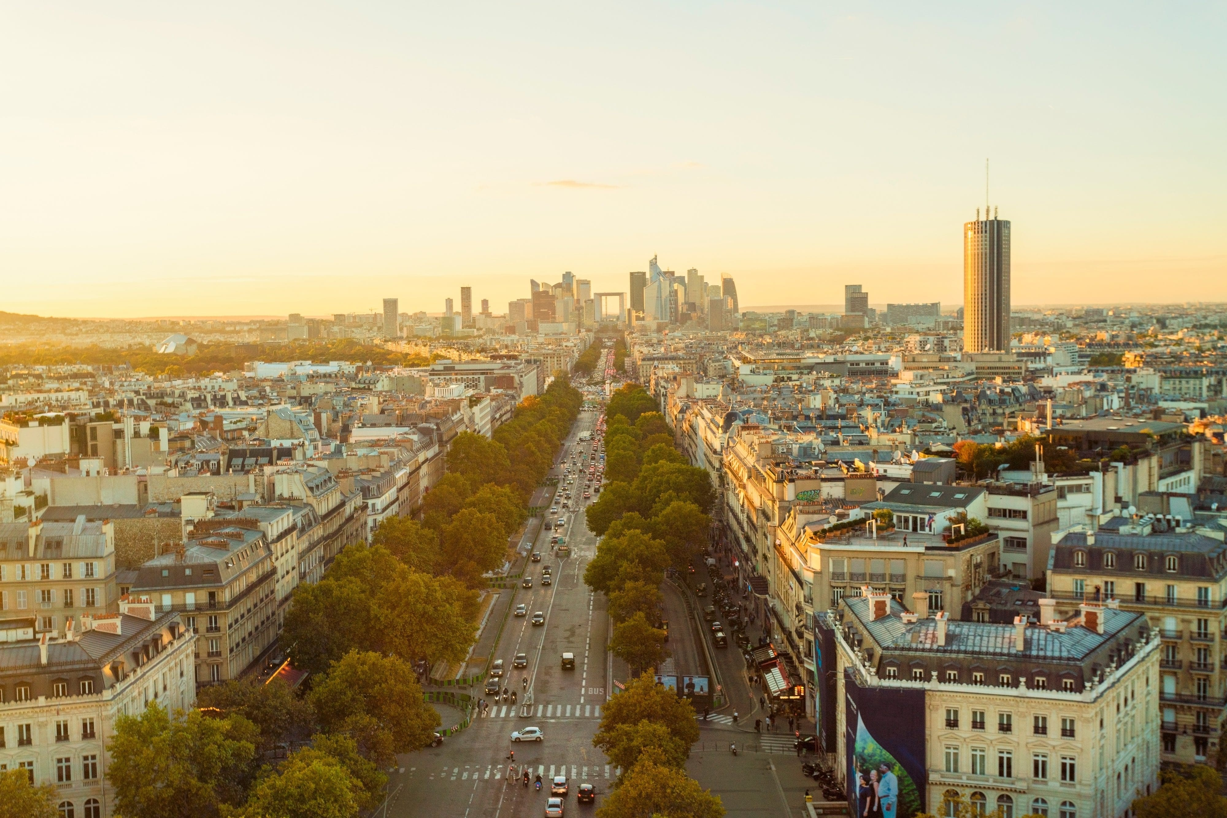 One city, five ways: Paris