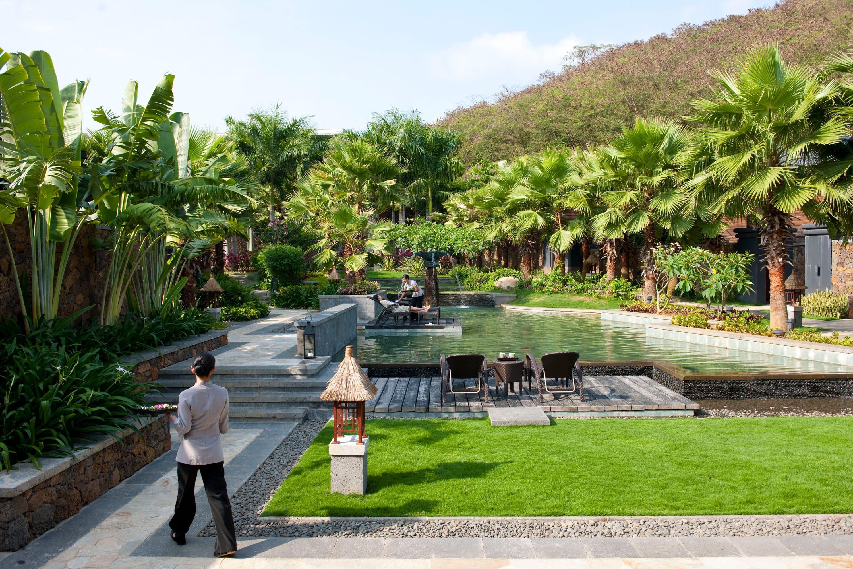 The relaxing pool outside at The Spa at Mandarin Oriental, Sanya