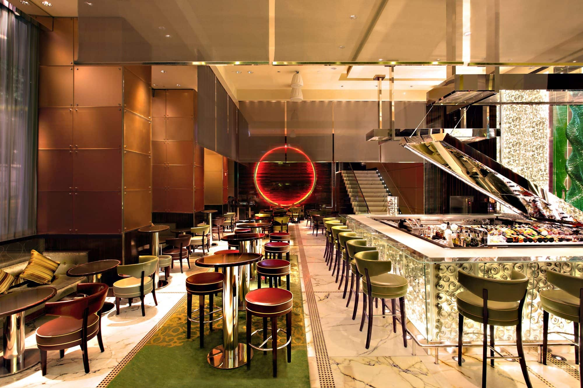 MO Bar at The Landmark Mandarin Oriental, Hong Kong