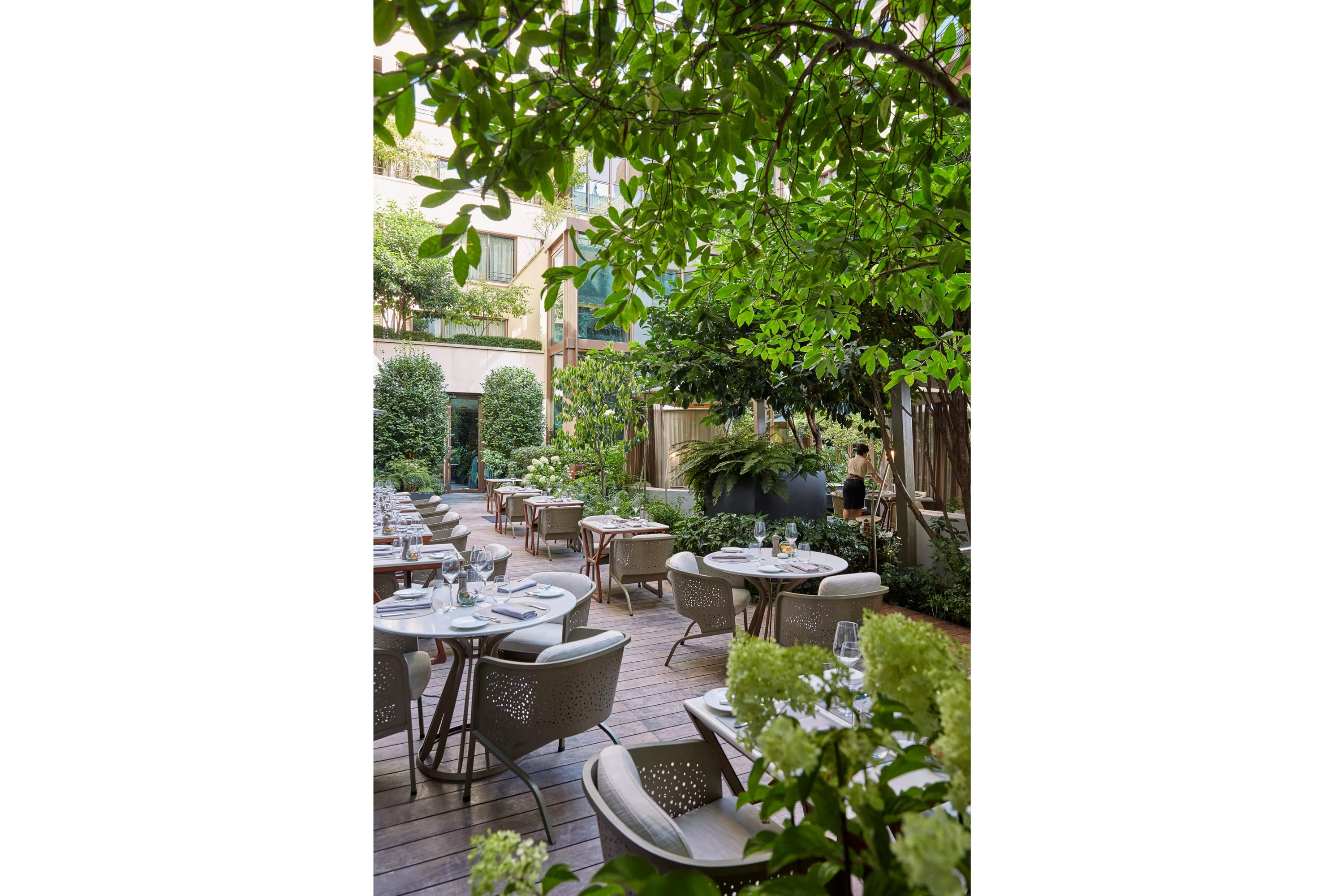 Patio dining at Camelia at Mandarin Oriental, Paris
