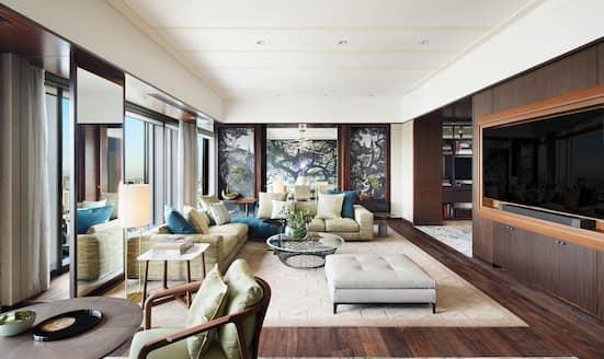 Living room of suite at Mandarin Oriental, Tokyo