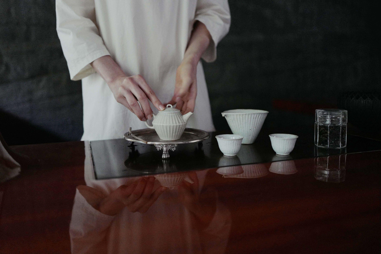 Tea making at Liquide Ambré