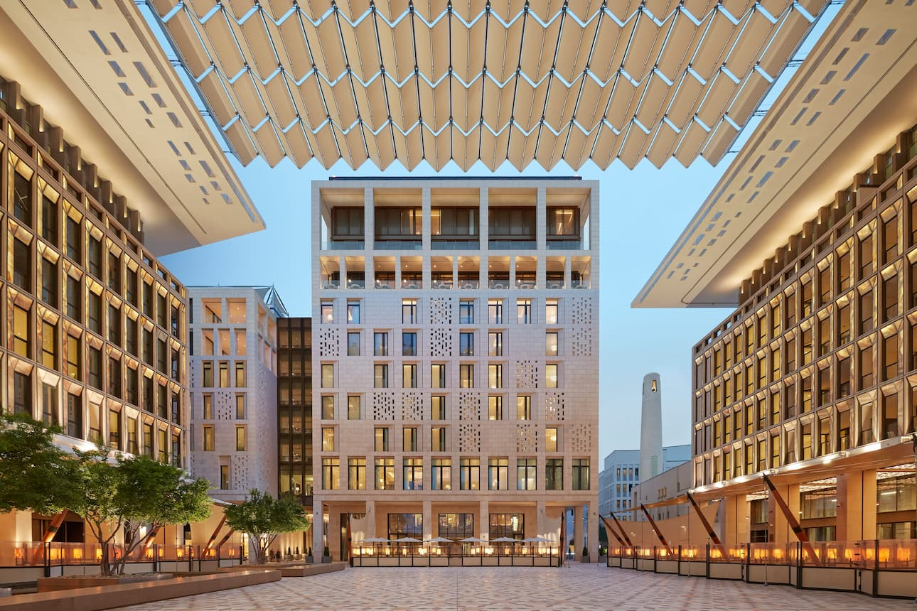 Canopy and facade of Mandarin Oriental, Doha