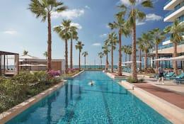 Pool at Mandarin Oriental Jumeria, Dubai