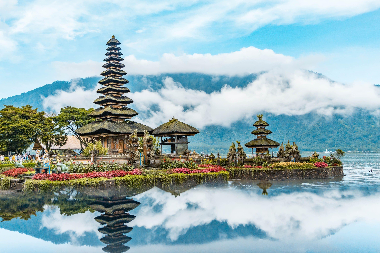 Puru Ulun Dana Beratan Temple, Bali