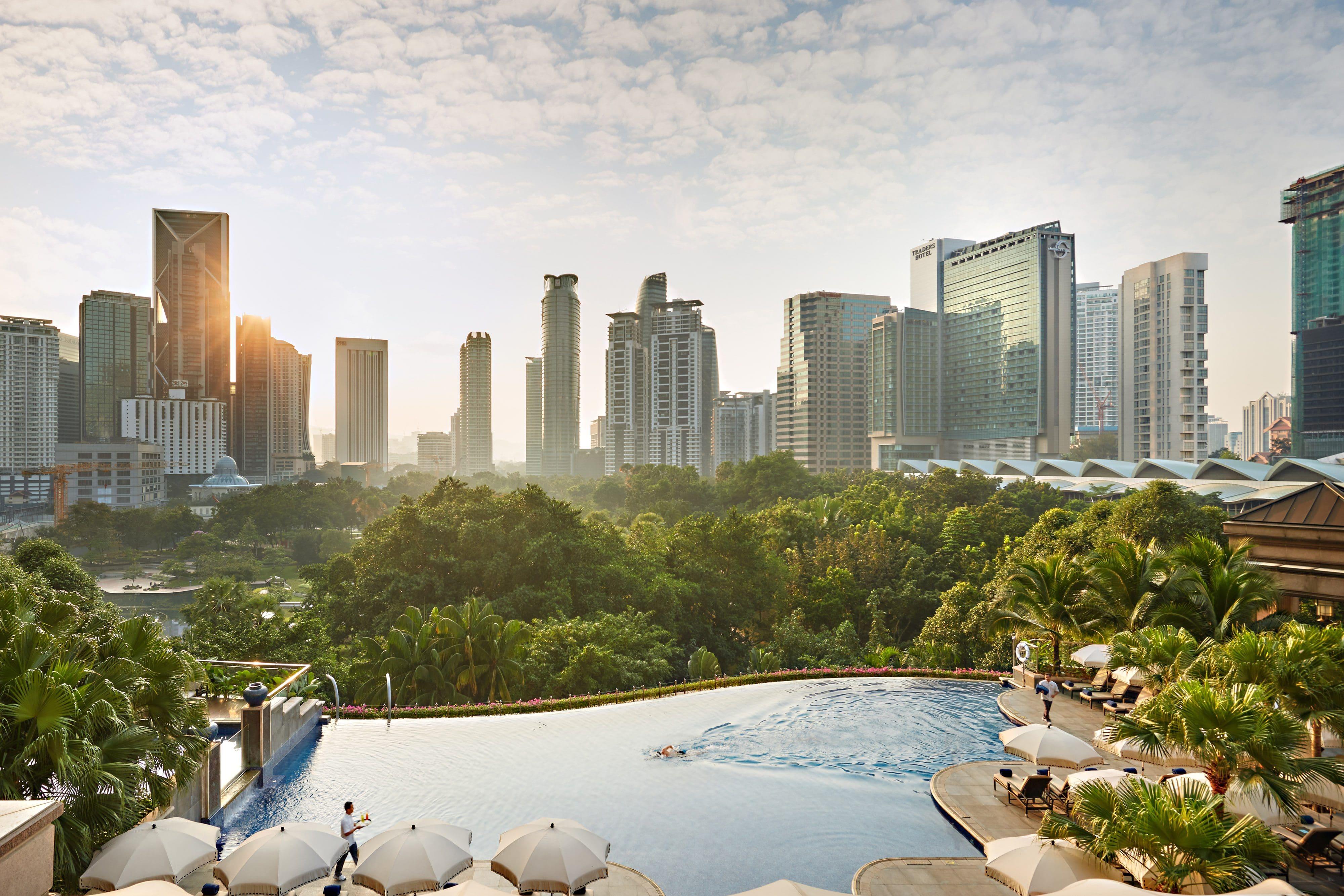 Mandarin Oriental's swimming pool