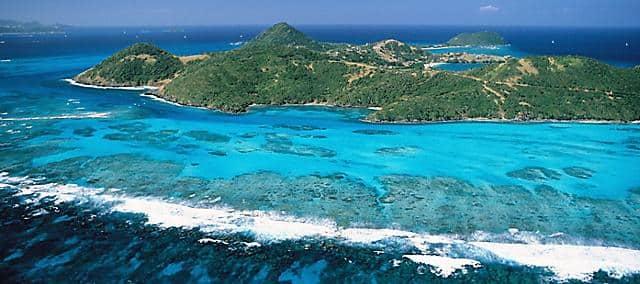 Canouan island and sea