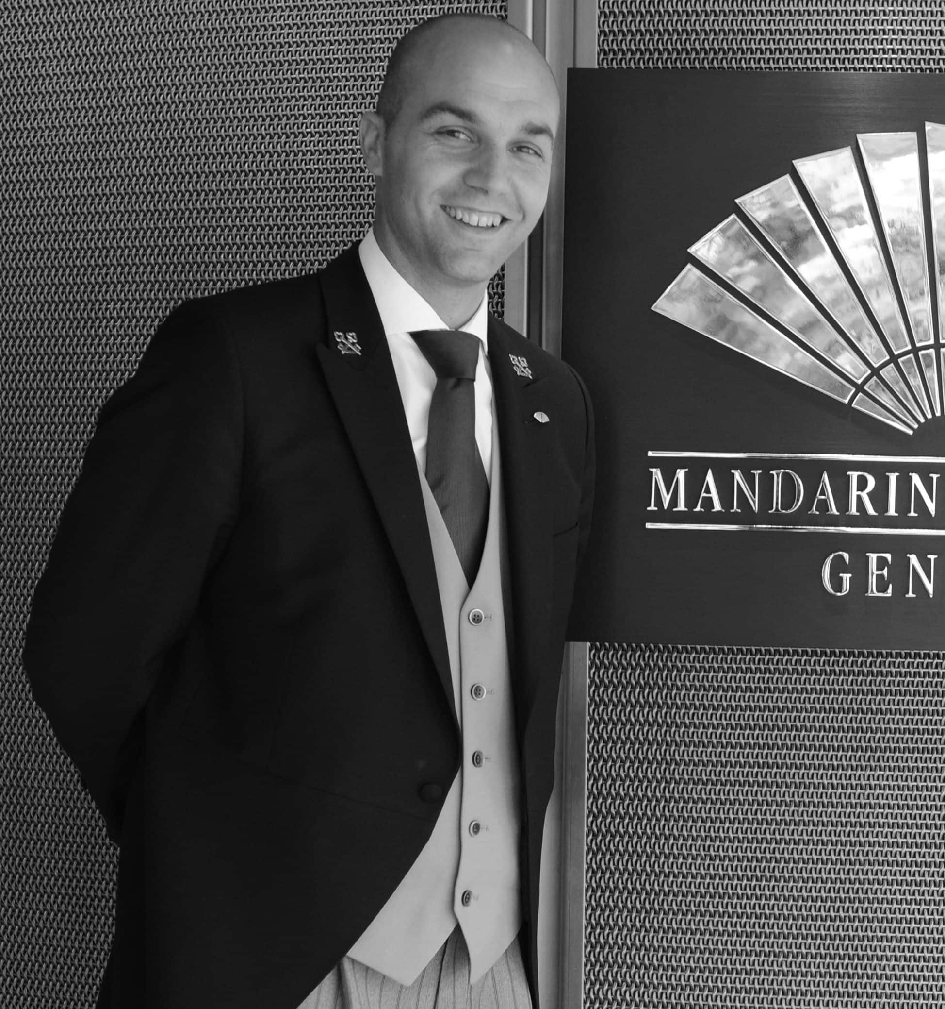 https://photos.mandarinoriental.com/is/image/MandarinOriental/dmo-mogva-concierge