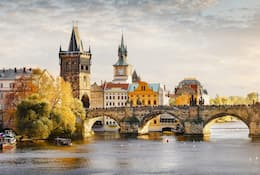 Prague essential guide