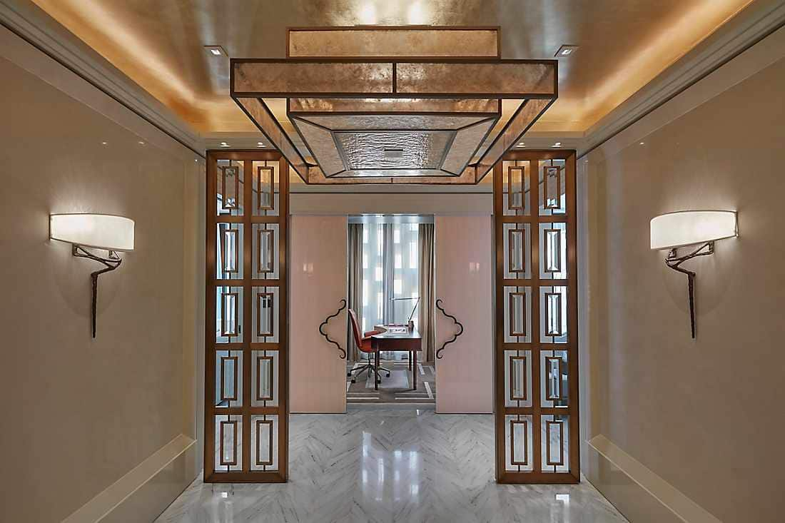 Baraha View Suite entrance foyer