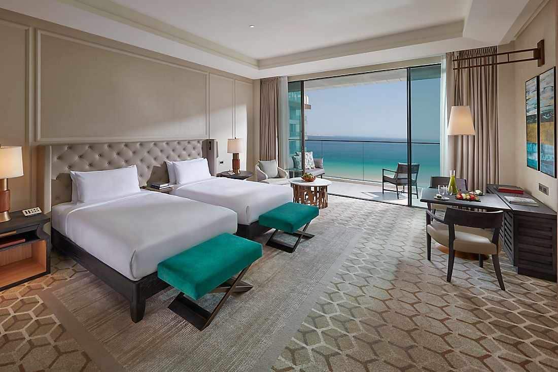 Premier Sea View Room bedroom
