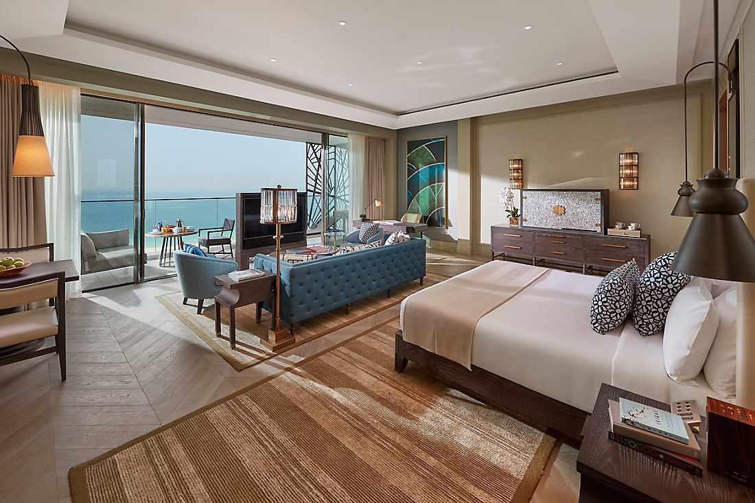Junior Sea View Suite bedroom