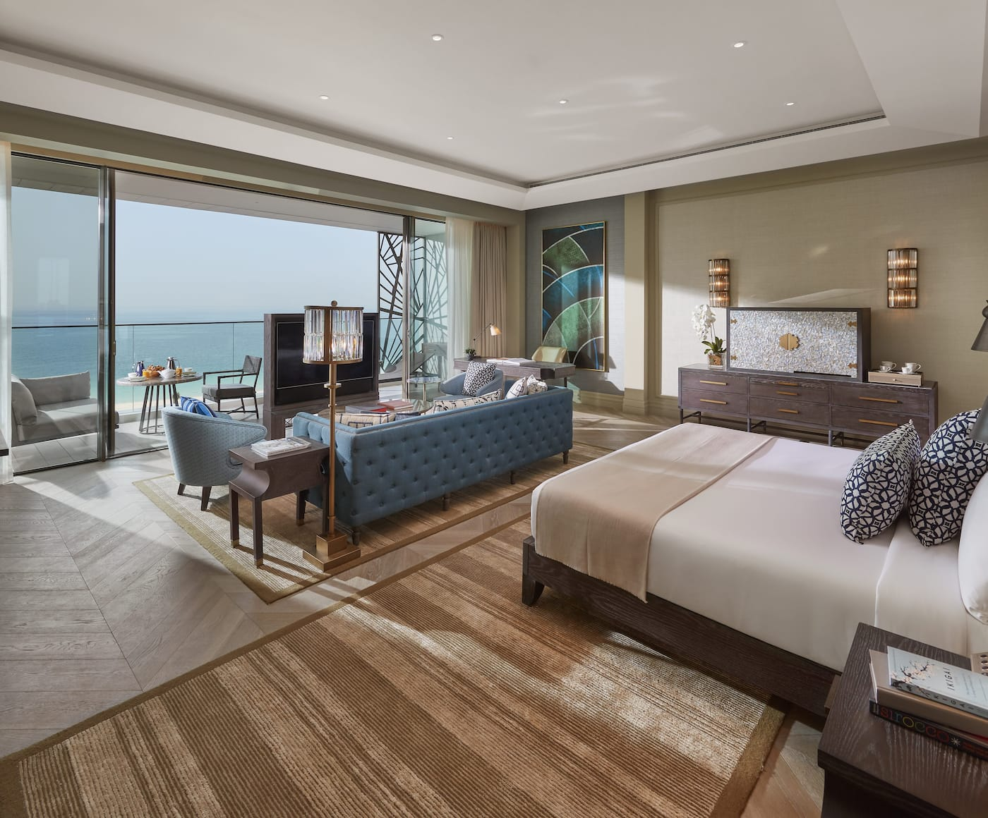 Junior Sea View Suite bedroom