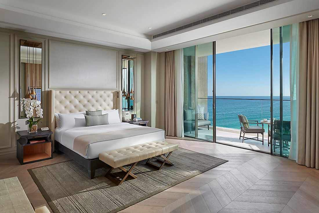 Premier Sea View Suite