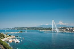 View of Lake Geneva with the spouting Jet d'Eau - Geneva Water Fountain