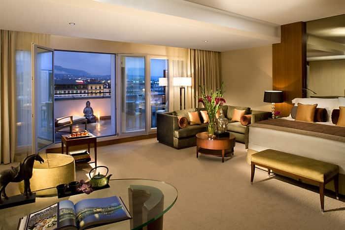 Junior terrace suite mandarin oriental hotel geneva for Design hotel 16 geneva