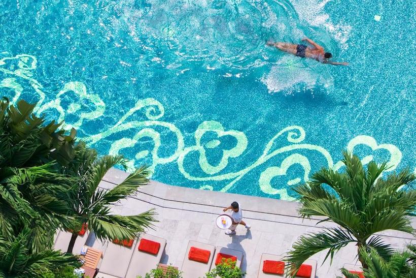 حمام السباحة في ماندارين أورينتال، بانكوك