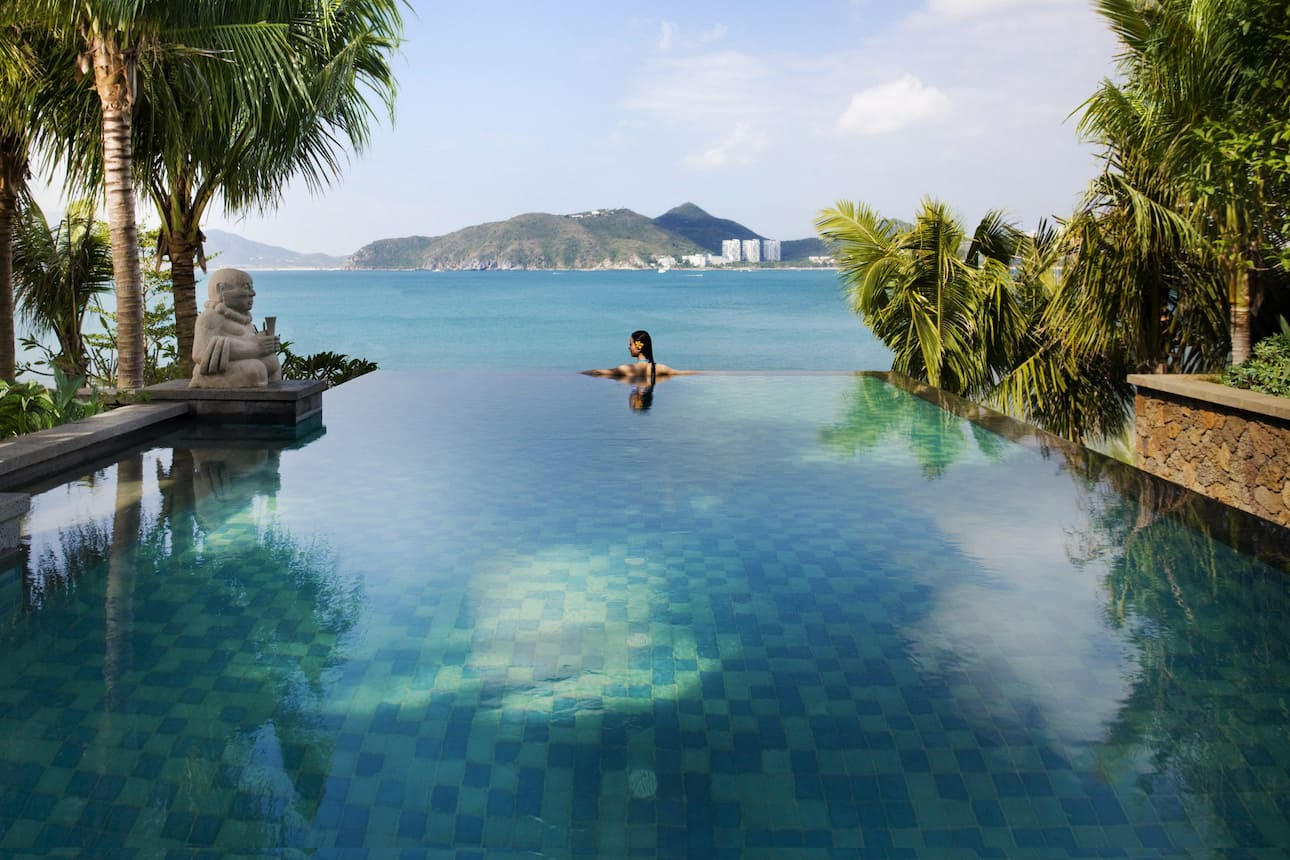 https://photos.mandarinoriental.com/is/image/MandarinOriental/global-masthead-sanya