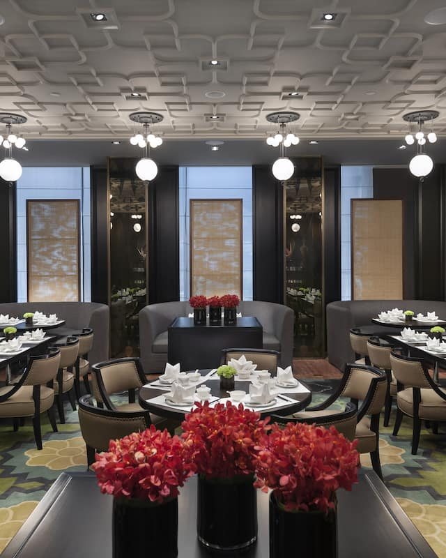 dining area of Jiang at mandarin oriental, guangzhou