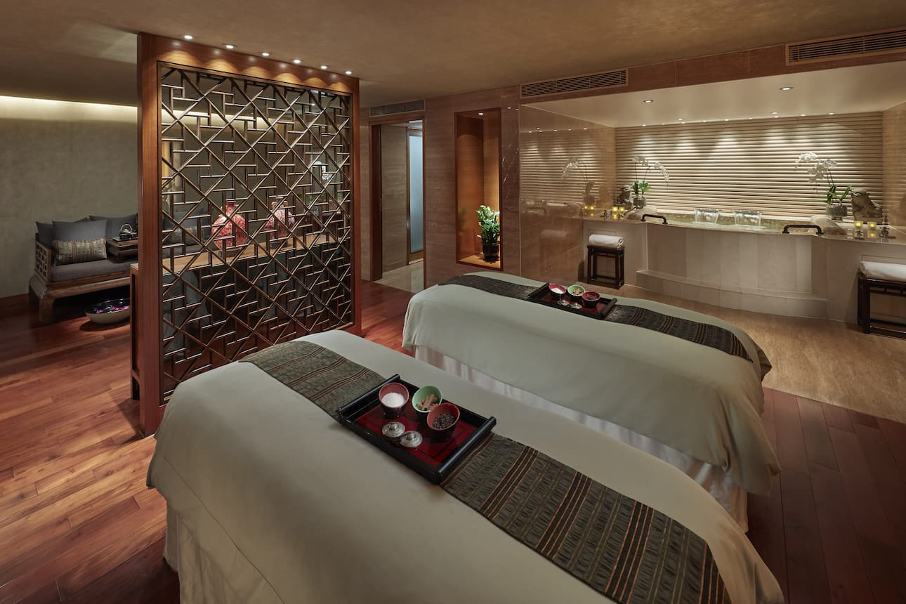 spa suite at mandarin Oriental, Hong Kong