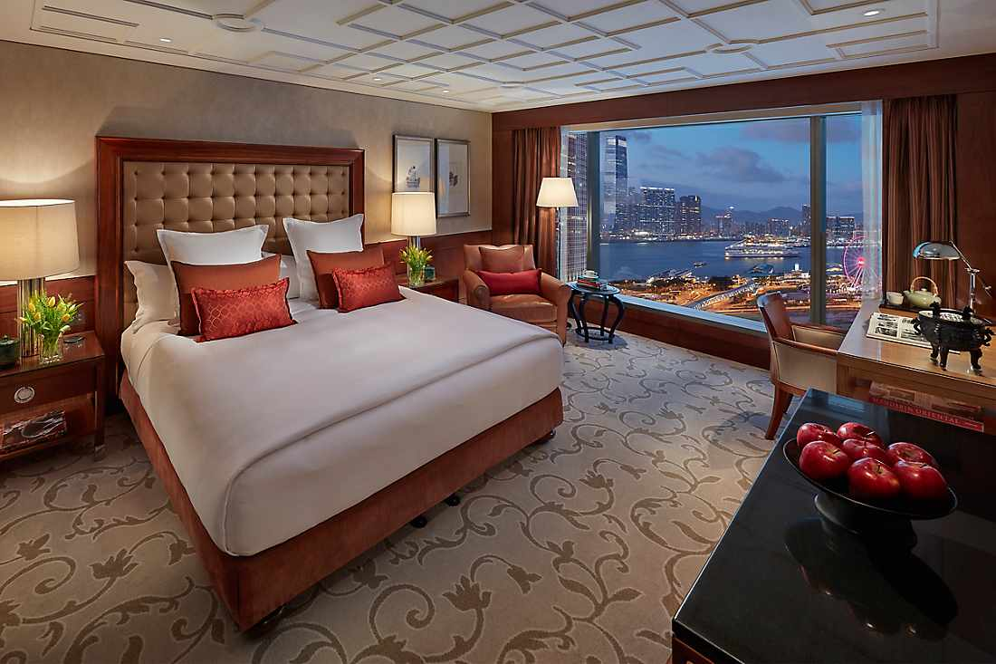 king bed in harbour view room