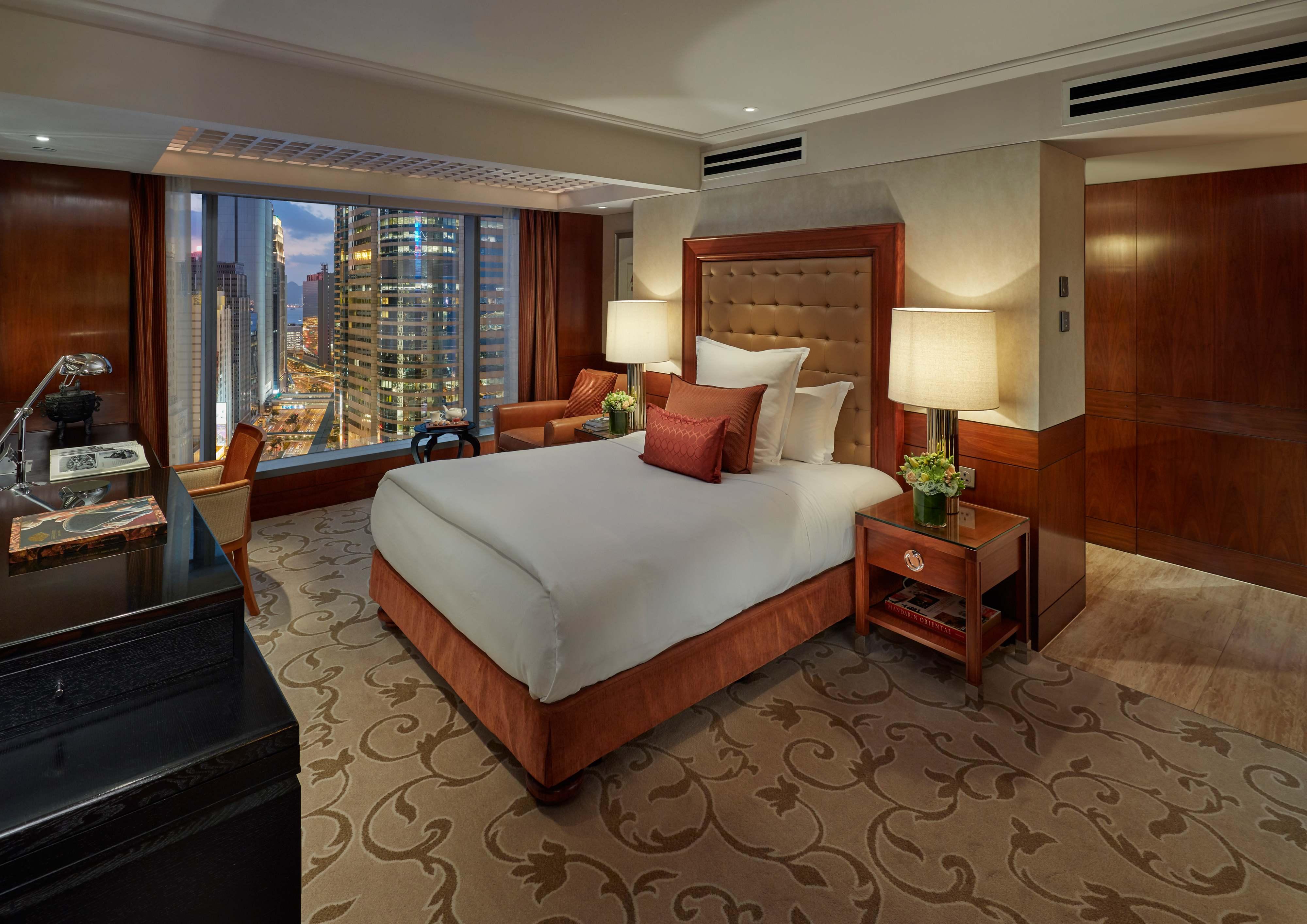 Luxury 5 Star Hotel | Central | Mandarin Oriental, Hong Kong