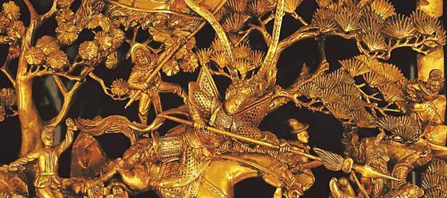 detail from art piece at mandarin oriental, hong kong