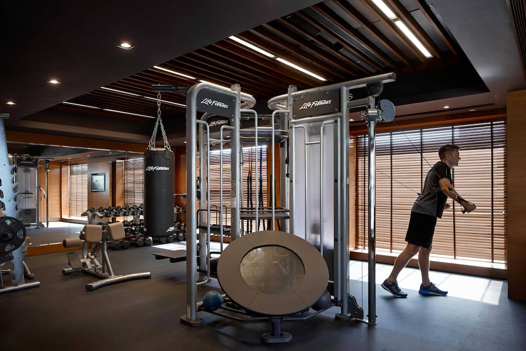 fitness center at mandarin oriental, hong kong