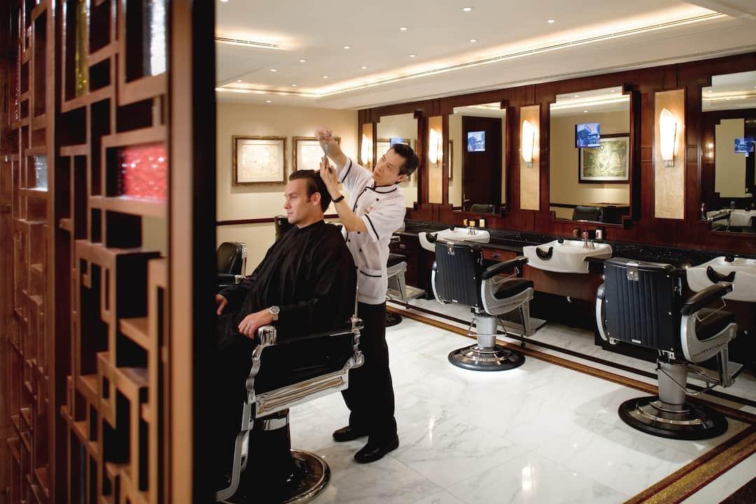 having haircut at mandarin barber at mandarin oriental, hong kong