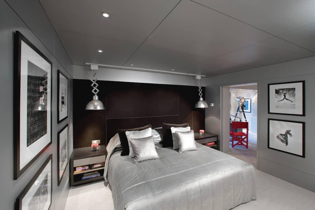 lichfield suite bedroom