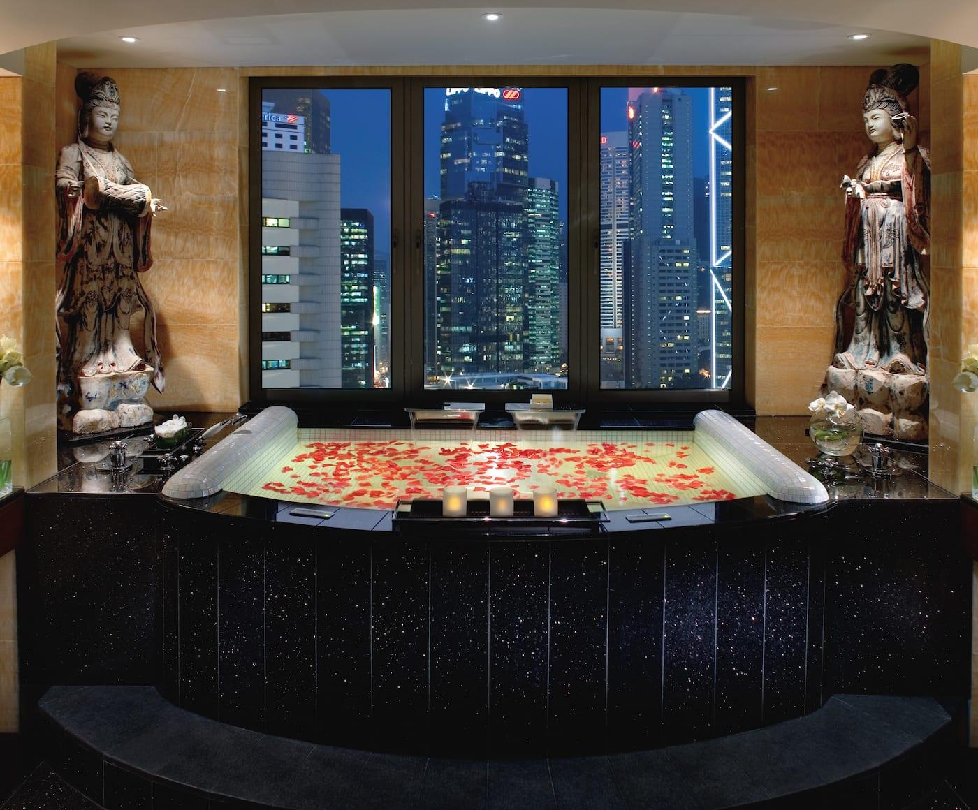 Luxury 5 Star Hotel Central Mandarin Oriental Hong Kong