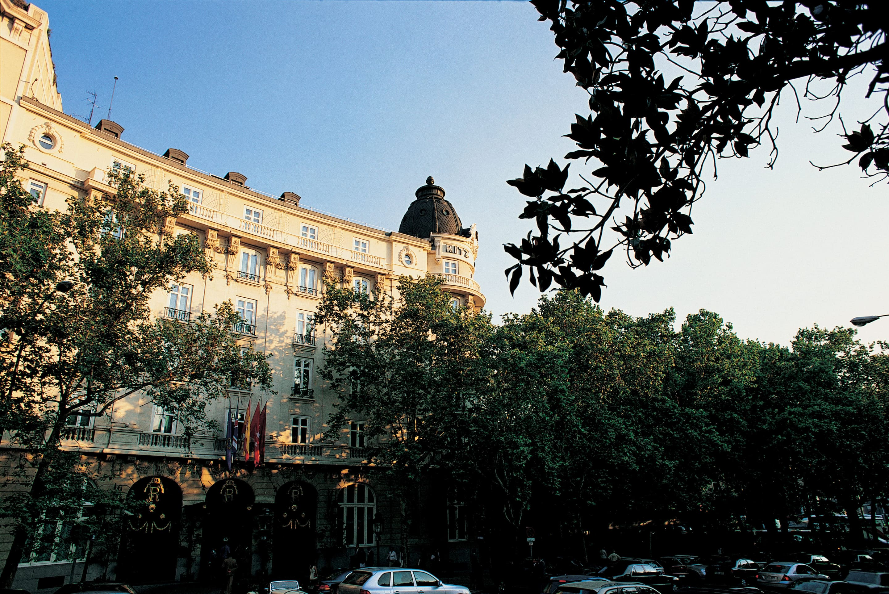 Luxury 5 Star Hotel | Retiro Park | Hotel Ritz, Madrid