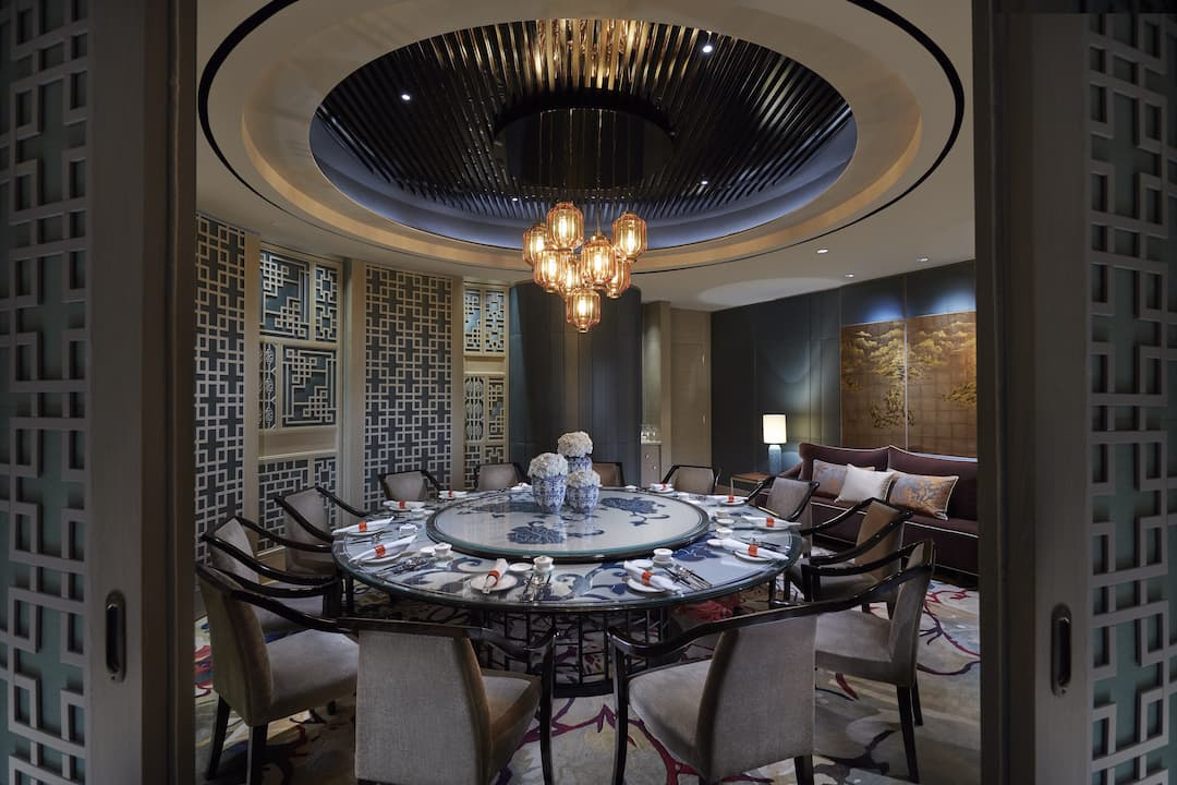 close up of private dining room, li feng at mandarin oriental, jakarta