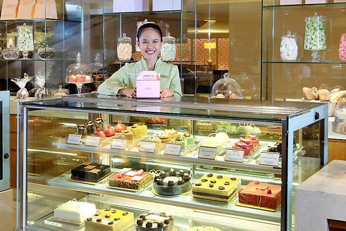 Kết quả hình ảnh cho cake shop