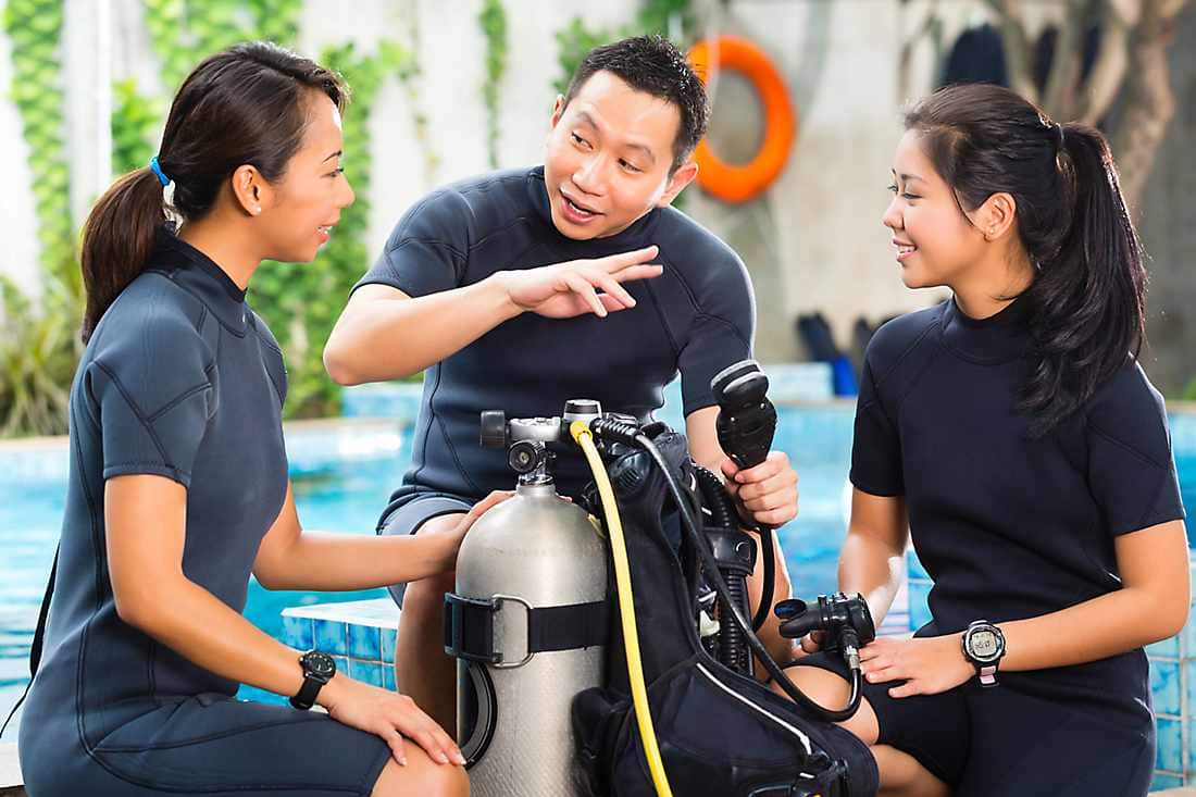 learning how to scuba