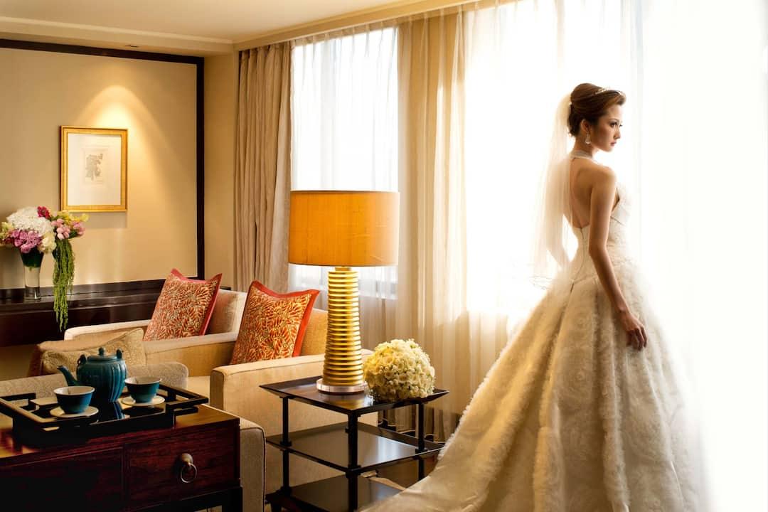 suite with bride at mandarin oriental, jakarta