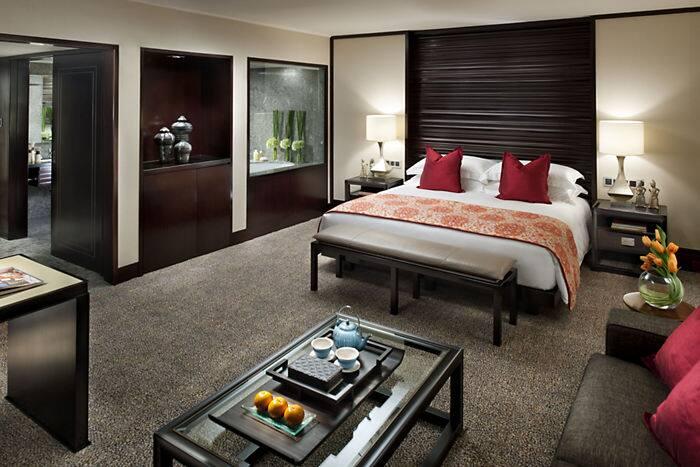 Deluxe Room Mandarin Oriental Hotel Jakarta