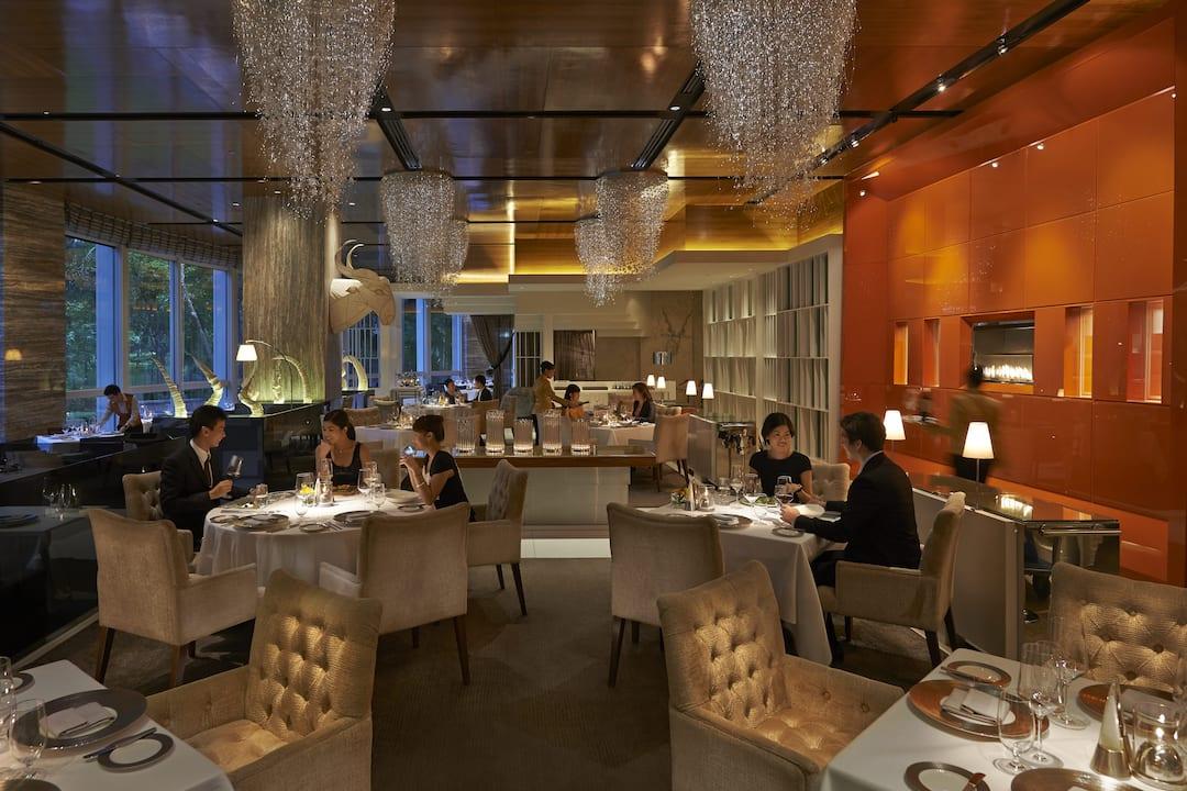 Mandarin grill restaurants near petrona towers mandarin oriental kuala lumpur - Hotel mandarin restaurante ...