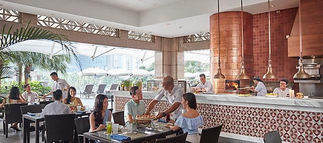 aqua restaurant at mandarin oriental, kuala lumpur