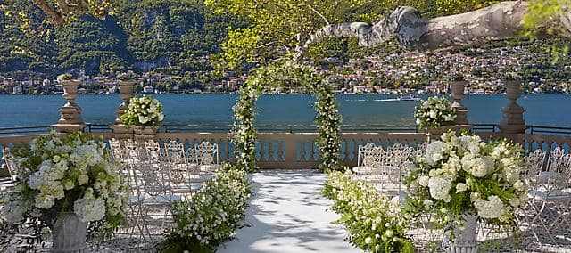 wedding setting overlooking lake como