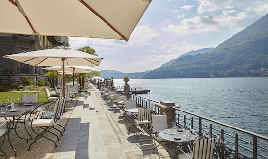 MO Bistrot terrace and Lake Como