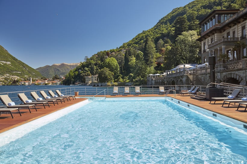 floating pool of Mandarin oriental Lake Como
