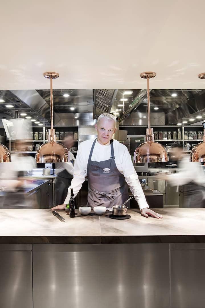 chef in action in amber at the landmark mandarin oriental, hong kong
